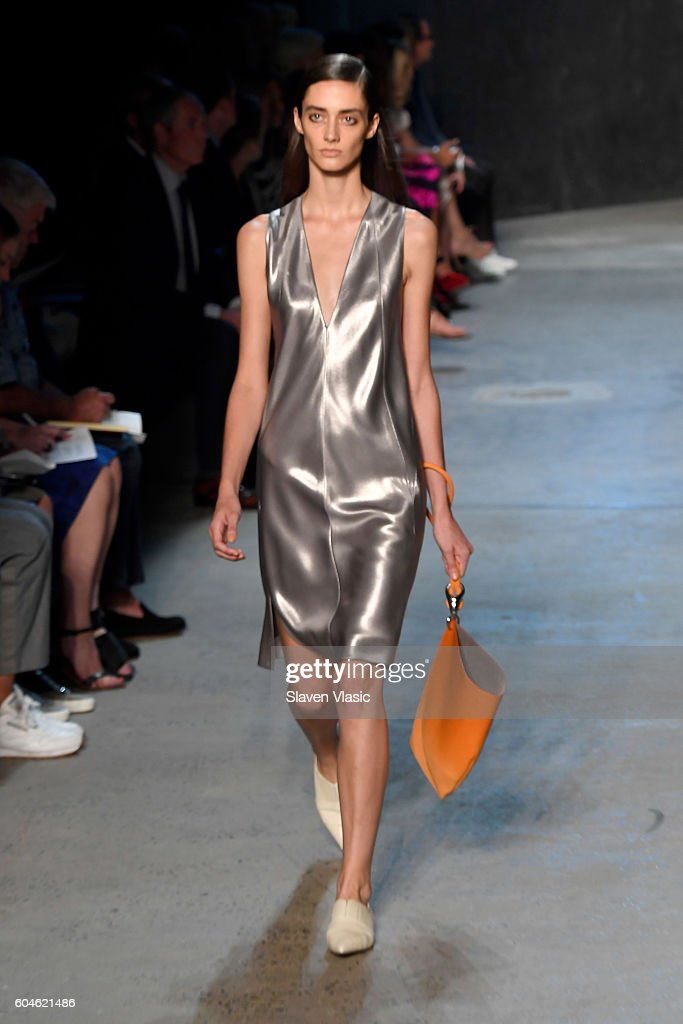 NY: Narciso Rodriguez - Runway - September 2016 - New York Fashion Week