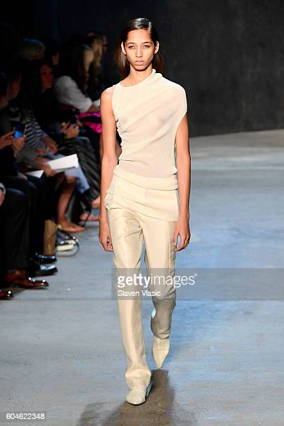 A model walks the runway at Narciso Rodriguez fashion show during September 2016 New York Fashion Week at SIR Stage 37 on September 13 2016 in New...