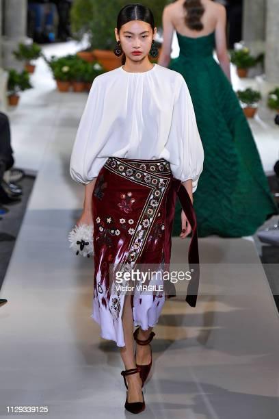 A model walks the runway at Oscar De La Renta Ready to Wear Fall/Winter 20192020 fashion show during New York Fashion Week on February 12 2019 in New...