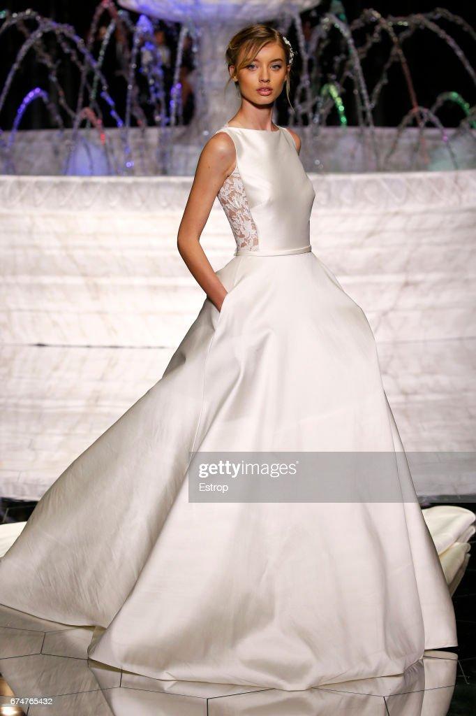 Pronovias Show - Barcelona Bridal Fashion Week 2017 : Fotografía de noticias