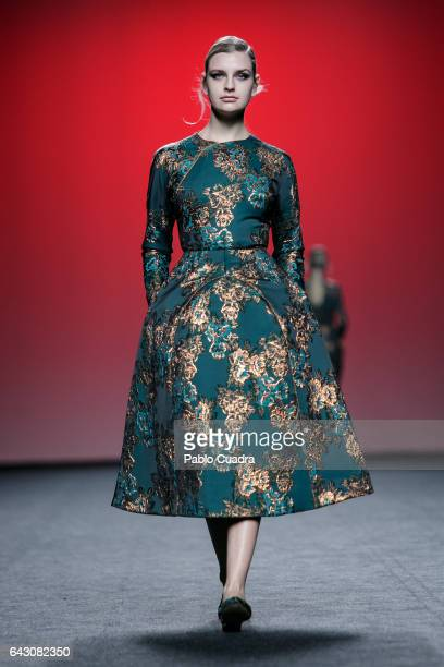 Model walks the runway at the 2nd Skin Co show during the Mercedes-Benz Madrid Fashion Week Autumn/Winter 2017 at Ifema on February 20, 2017 in...