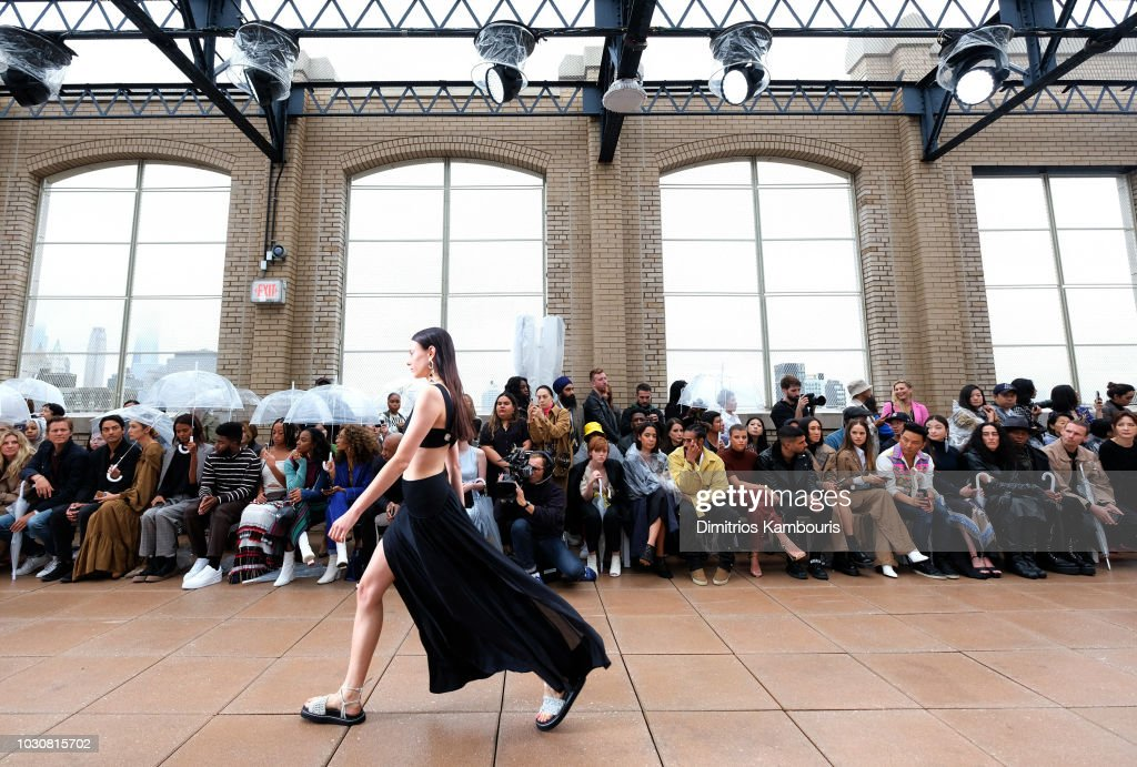 3.1 Phillip Lim - Front Row - September 2018 - New York Fashion Week : ニュース写真