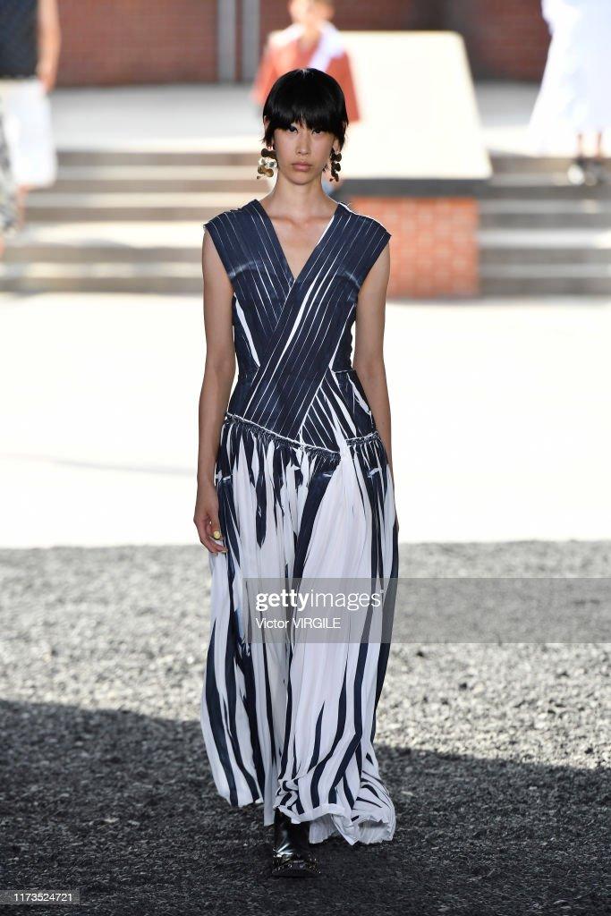 3.1 Phillip Lim - Runway - September 2019 - New York Fashion Week : News Photo