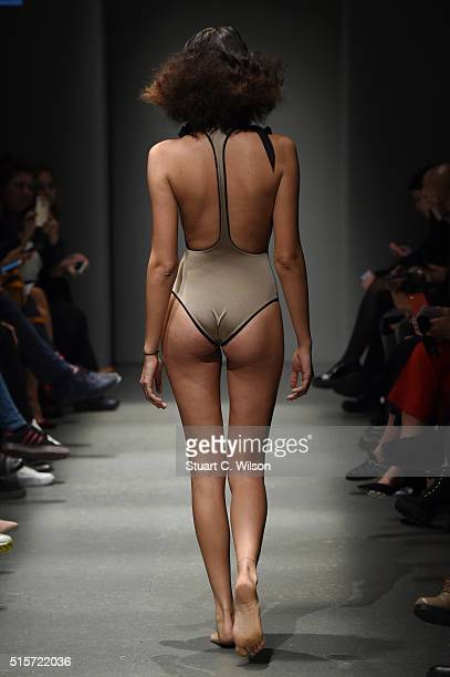 A model walks the runway at the 5th Position show during the MercedesBenz Fashion Week Istanbul Autumn/Winter 2016 at Zorlu Center on March 15 2016...