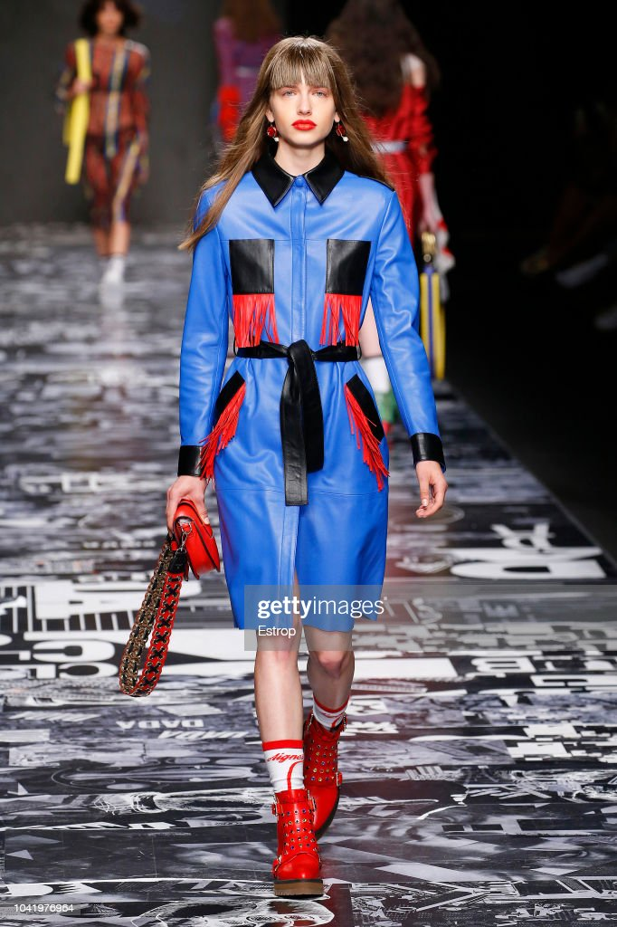 model-walks-the-runway-at-the-aigner-show-during-milan-fashion-week-picture-id1041976964