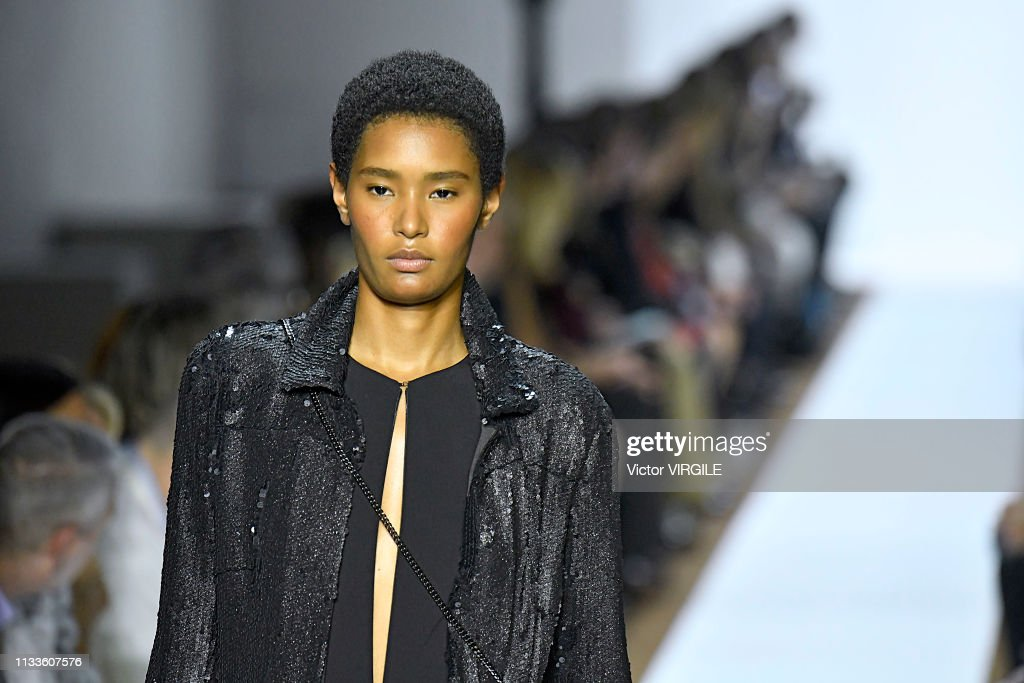 Akris - Runway - Paris Fashion Week Womenswear Fall/Winter 2019/2020 : Photo d'actualité