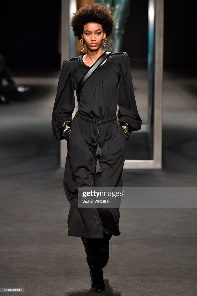 Alberta Ferretti - Runway - Milan Fashion Week Fall/Winter 2018/19 : Photo d'actualité