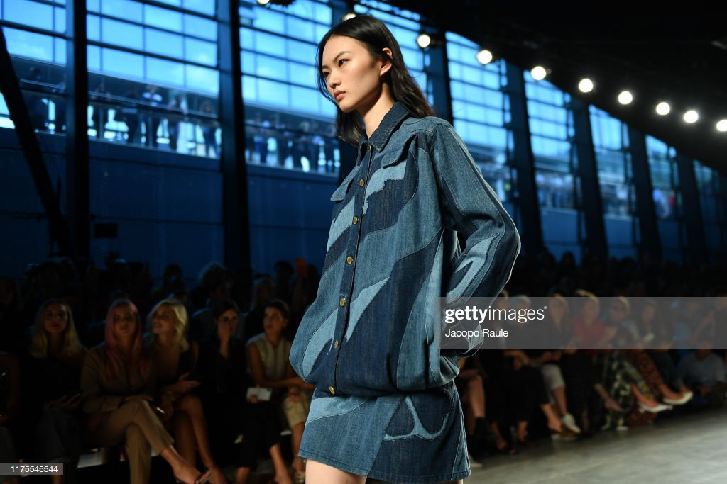 Alberta Ferretti - Runway - Milan Fashion Week Spring/Summer 2020 : Photo d'actualité