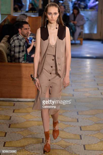 Model walks the runway at the Altuzarra Autumn Winter 2018 fashion show during Paris Fashion Week on March 3, 2018 in Paris, France.