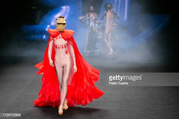A model walks the runway at the Ana Locking fashion show during the Mercedes Benz Fashion Week Autumn/Winter 20192020 at Ifema on January 25 2019 in...