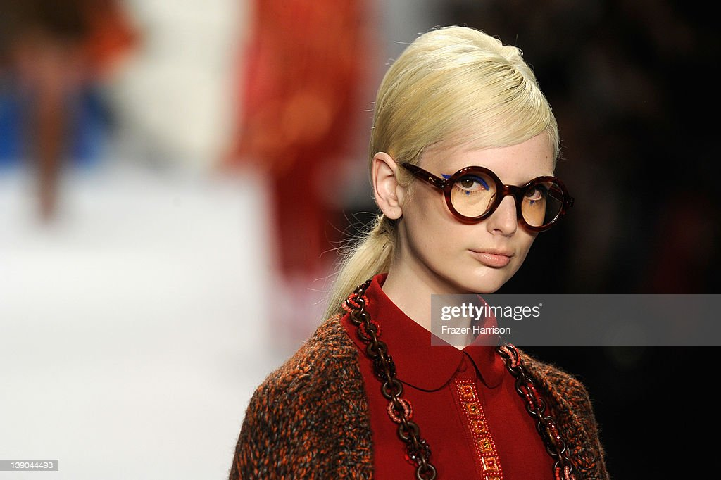 Anna Sui - Runway - Fall 2012 Mercedes-Benz Fashion Week : ニュース写真