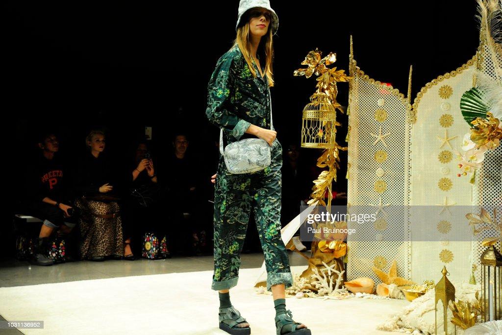 Anna Sui - September 2018 - New York Fashion Week : ニュース写真