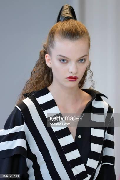 A model walks the runway at the Antonia Goy Defile during 'Der Berliner Mode Salon' Spring/Summer 2018 at Kronprinzenpalais on July 5 2017 in Berlin...