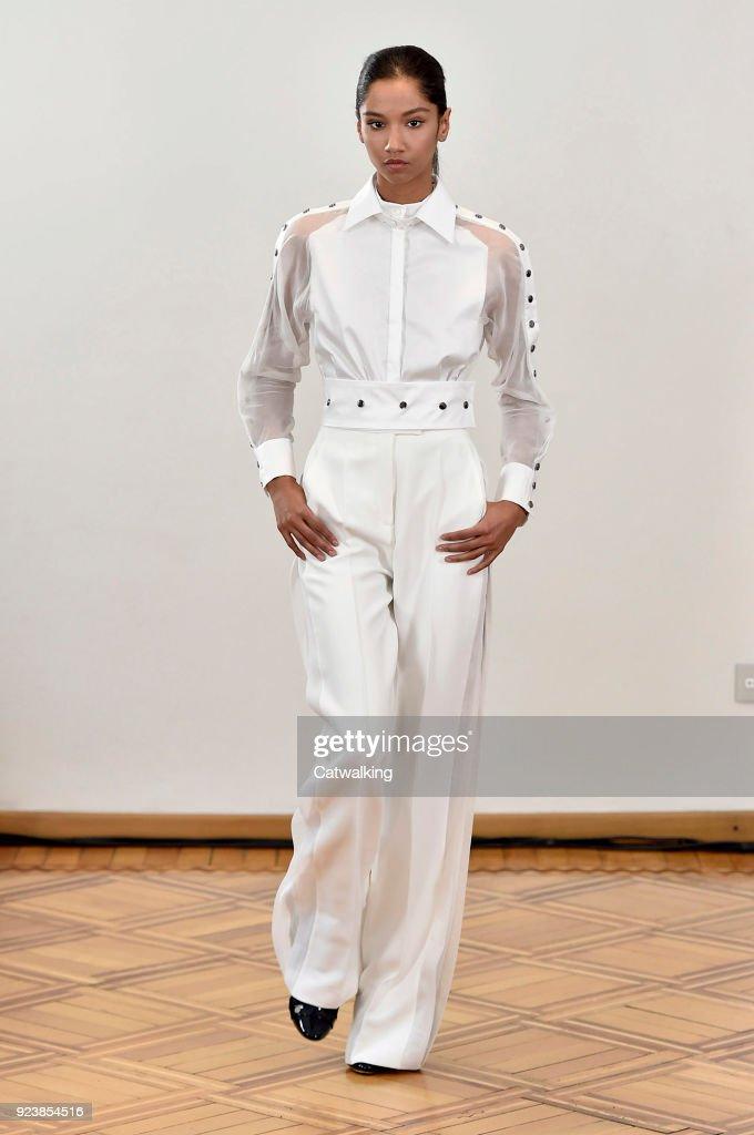 Antonio Berardi - Runway RTW - Fall 2018 - Milan Fashion Week