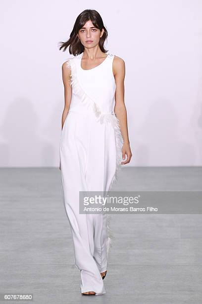 Model walks the runway at the Antonio Berardi show during London Fashion Week Spring/Summer collections 2016/2017 on September 19, 2016 in London,...