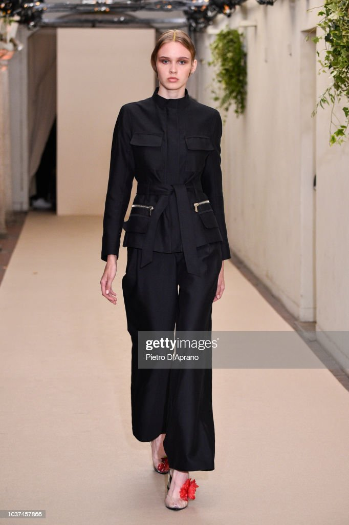 model-walks-the-runway-at-the-antonio-croce-show-during-milan-fashion-picture-id1037457866