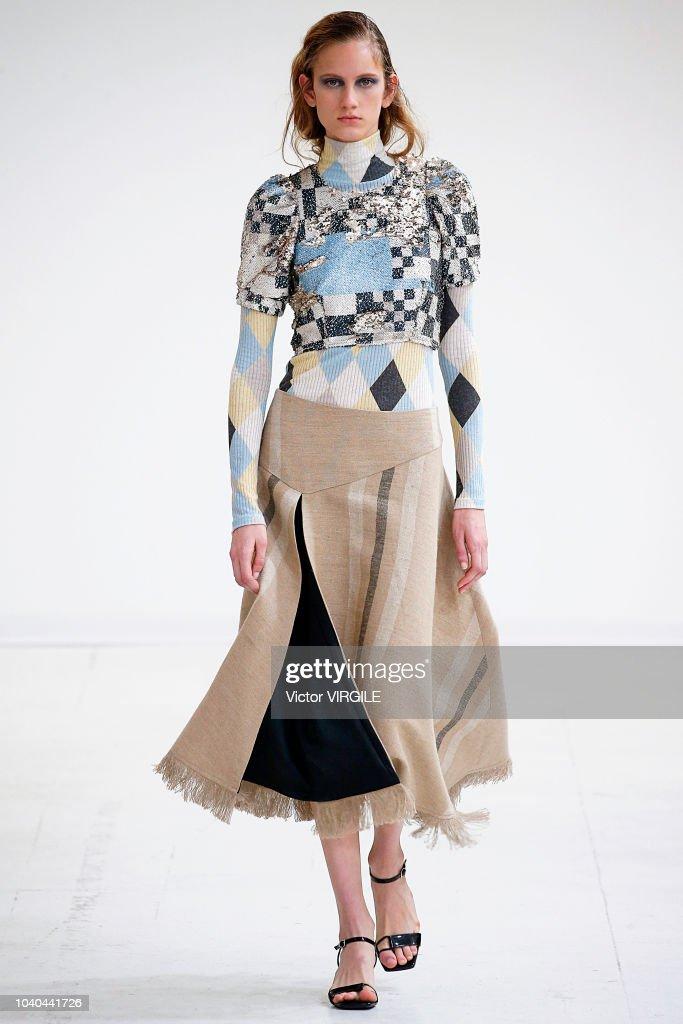 Arthur Arbesser - Runway - Milan Fashion Week Spring/Summer 2019 : ニュース写真