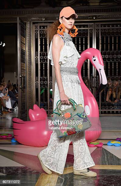 Model walks the runway at the Ashley Isham show at Fashion Scout during London Fashion Week Spring/Summer collections 2017 on September 17, 2016 in...