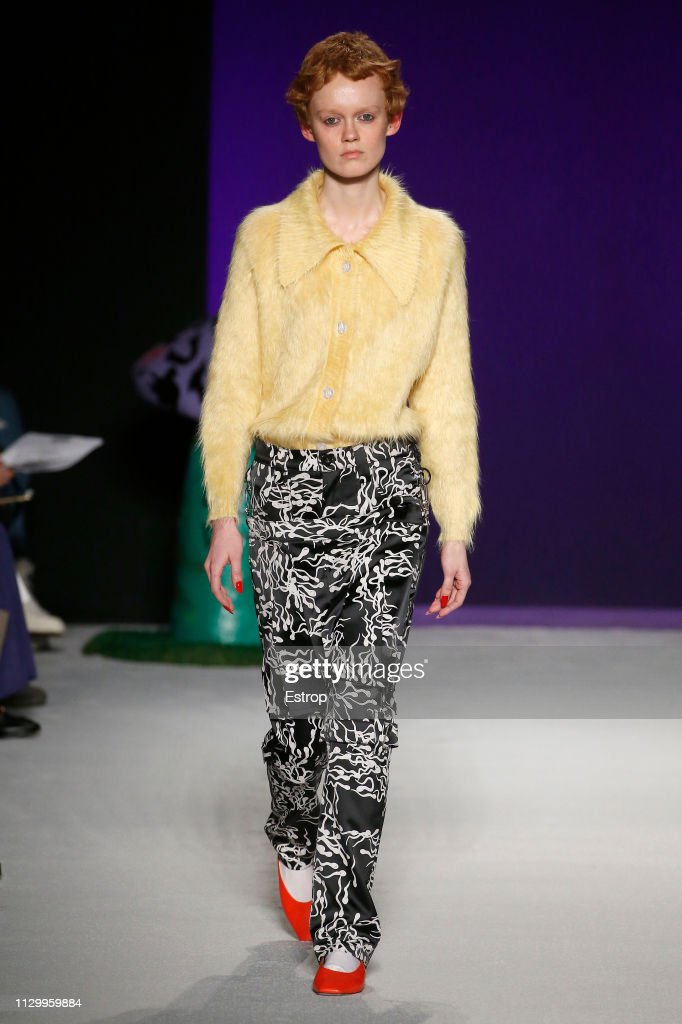Ashley Williams - Runway - LFW February 2019 : Nachrichtenfoto