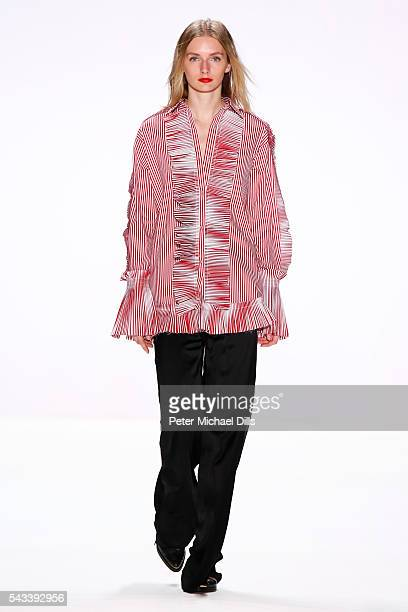A model walks the runway at the Avelon show during the MercedesBenz Fashion Week Berlin Spring/Summer 2017 at Erika Hess Eisstadion on June 28 2016...