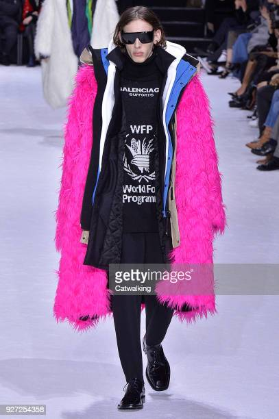 A model walks the runway at the Balenciaga Autumn Winter 2018 fashion show during Paris Fashion Week on March 4 2018 in Paris France