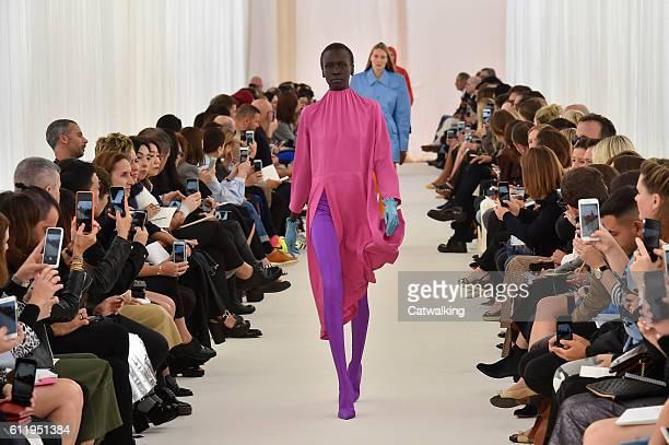 Model walks the runway at the Balenciaga Spring Summer 2017 fashion show during Paris Fashion Week on October 2, 2016 in Paris, France.