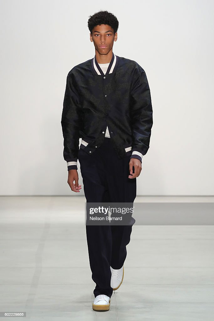 Band Of Outsiders - Runway - September 2016 - New York Fashion Week: The Shows : News Photo