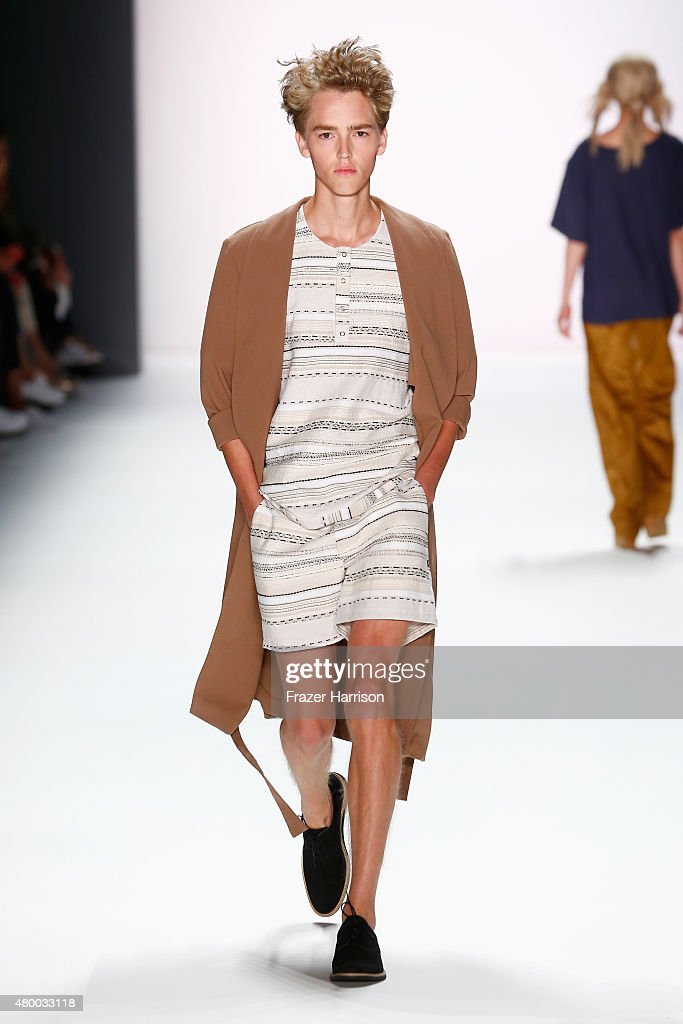 A model walks the runway at the Barre Noire presented by Mastercard show during the Mercedes-Benz Fashion Week Berlin Spring/Summer 2016 at Brandenburg Gate on July 9, 2015 in Berlin, Germany.