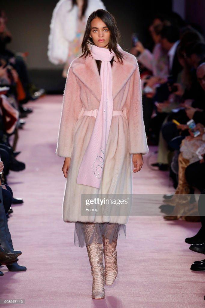 Blumarine - Runway - Milan Fashion Week Fall/Winter 2018/19 : ニュース写真