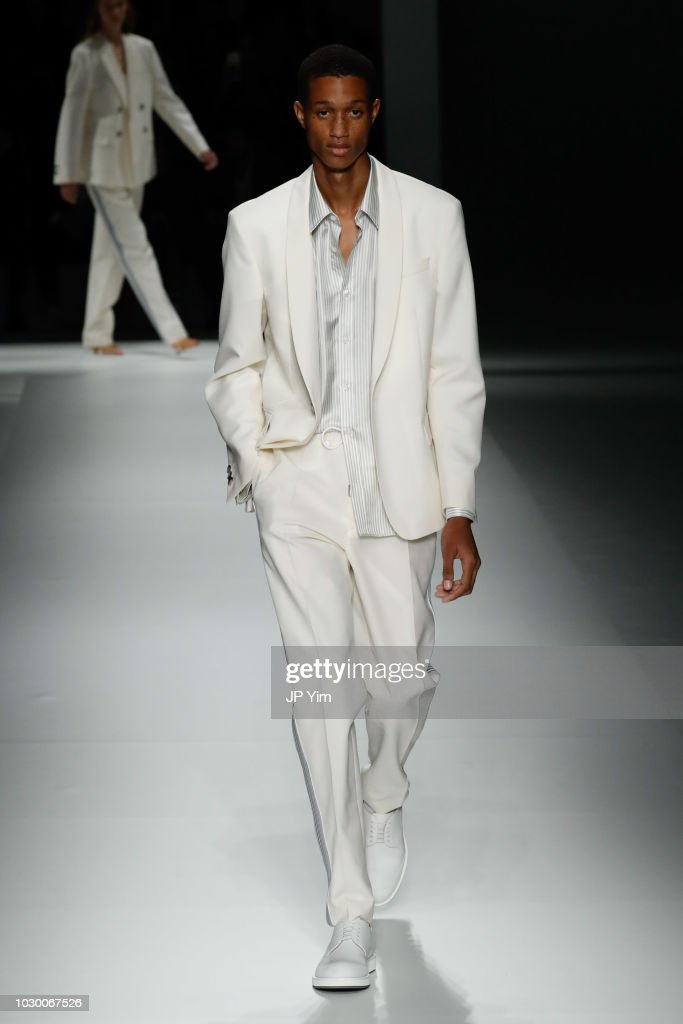 BOSS Womenswear & Menswear - Runway - September 2018 - New York Fashion Week : Nachrichtenfoto