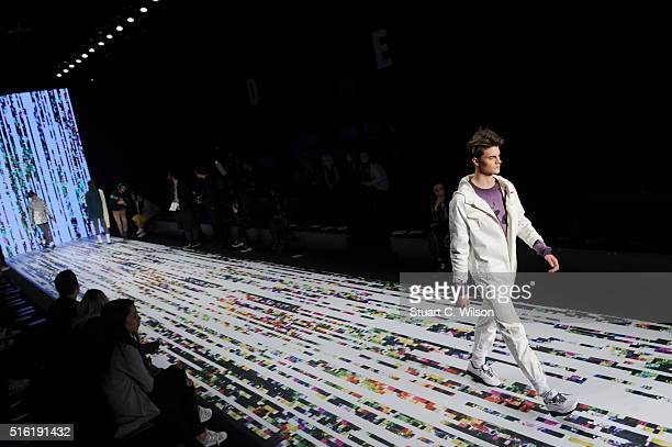 A model walks the runway at the Brand Who show walk thru during the MercedesBenz Fashion Week Istanbul Autumn/Winter 2016 at Zorlu Center on March 17...