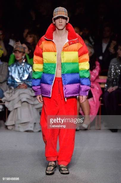 A model walks the runway at the Burberry Prorsum Autumn Winter 2018 fashion show during London Fashion Week on February 17 2018 in London United...