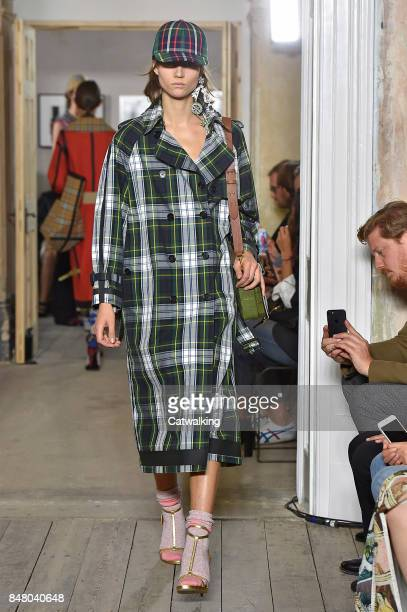 Model walks the runway at the Burberry Prorsum Spring Summer 2018 fashion show during London Fashion Week on September 16, 2017 in London, United...