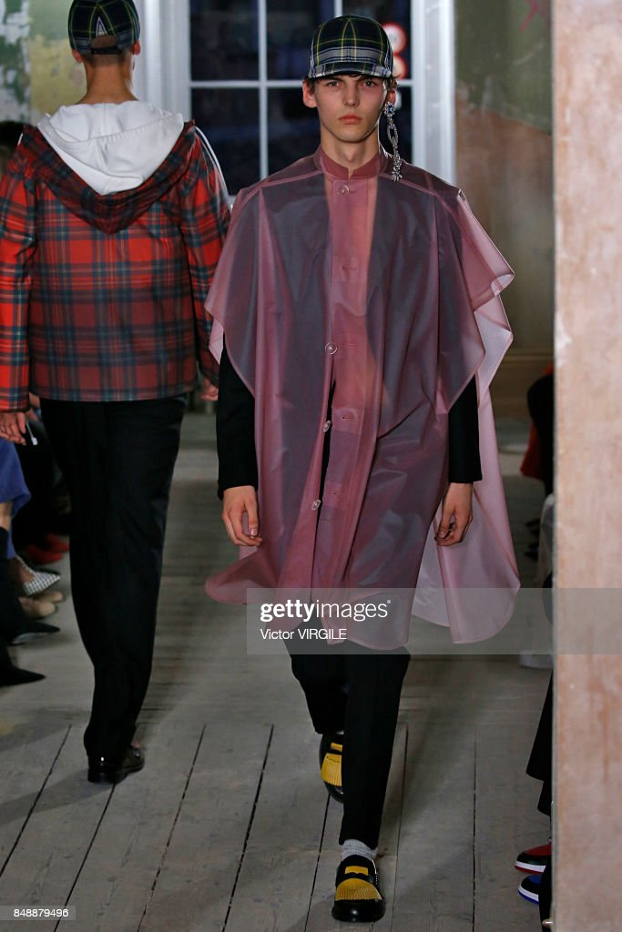 A model walks the runway at the Burberry Ready to Wear Fall/Winter 2017 fashion show during London Fashion Week September 2017 on September 16, 2017 in London, England.