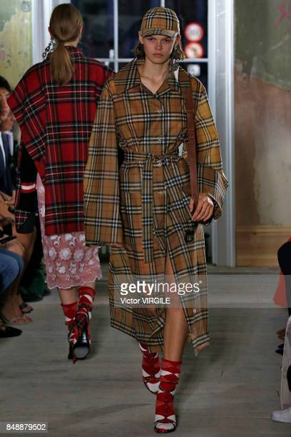 A model walks the runway at the Burberry Ready to Wear Fall/Winter 2017 fashion show during London Fashion Week September 2017 on September 16 2017...