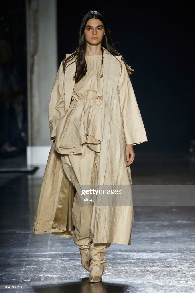 model-walks-the-runway-at-the-calcaterra-show-during-milan-fashion-picture-id1041809680