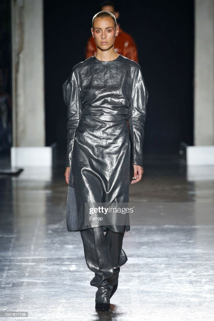 model-walks-the-runway-at-the-calcaterra-show-during-milan-fashion-picture-id1041817708