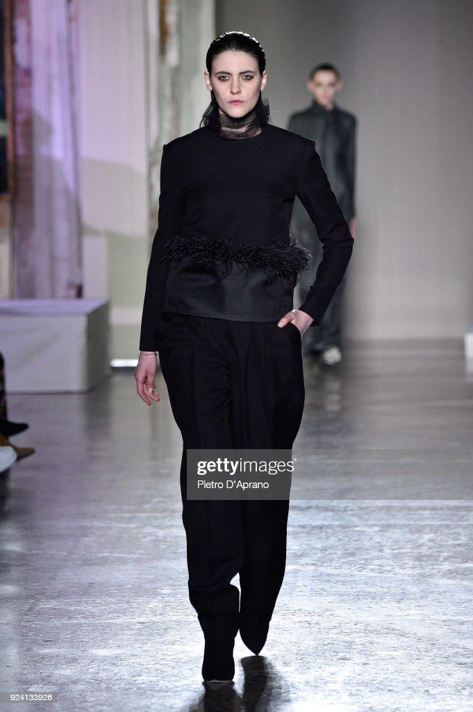 Calcaterra - Runway - Milan Fashion Week Fall/Winter 2018/19