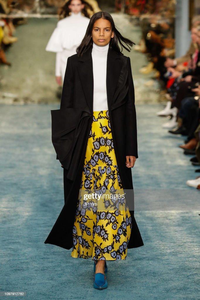 Carolina Herrera - Runway - February 2019 - New York Fashion Week : News Photo