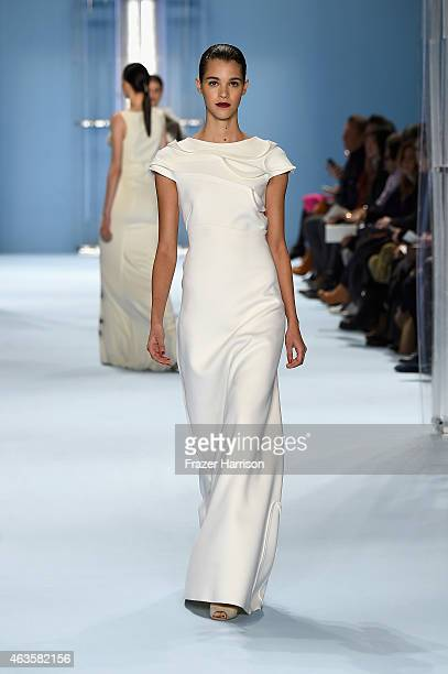 A model walks the runway at the Carolina Herrera fashion show during MercedesBenz Fashion Week Fall 2015 at The Theatre at Lincoln Center on February...