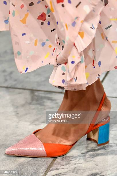 A model walks the runway at the Carolina Herrera Ready to Wear Spring/Summer 2018 fashion show at The Museum of Modern Art on September 11 2017 in...