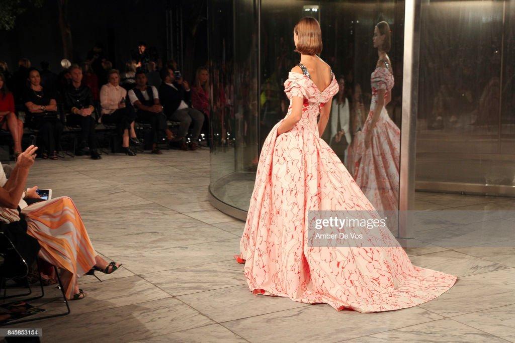 Carolina Herrera - Front Row - September 2017 - New York Fashion Week : ニュース写真