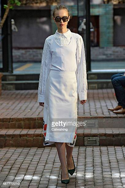A model walks the runway at the CG by Chris Gelinas Spring Summer 2016 fashion show during New York Fashion Week on September 11 2015 in New York...