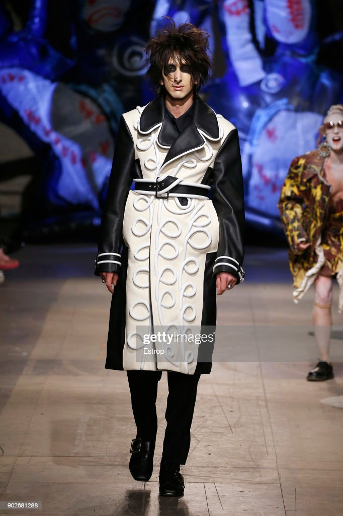 Charles Jeffrey LOVERBOY - Runway - LFWM January 2018 : ニュース写真