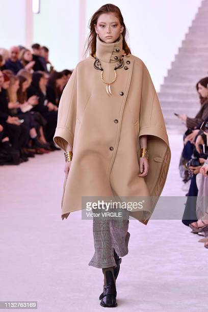 Model walks the runway at the Chloe Ready to Wear fashion show at Paris Fashion Week Autumn/Winter 2019/2020 on February 28, 2019 in Paris, France.