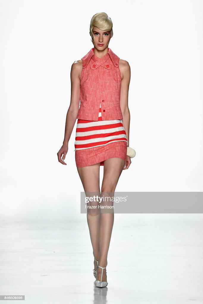 A model walks the runway at the Chocheng fashion show during New York Fashion Week: The Shows at Gallery 3, Skylight Clarkson Sq on September 13, 2017 in New York City.