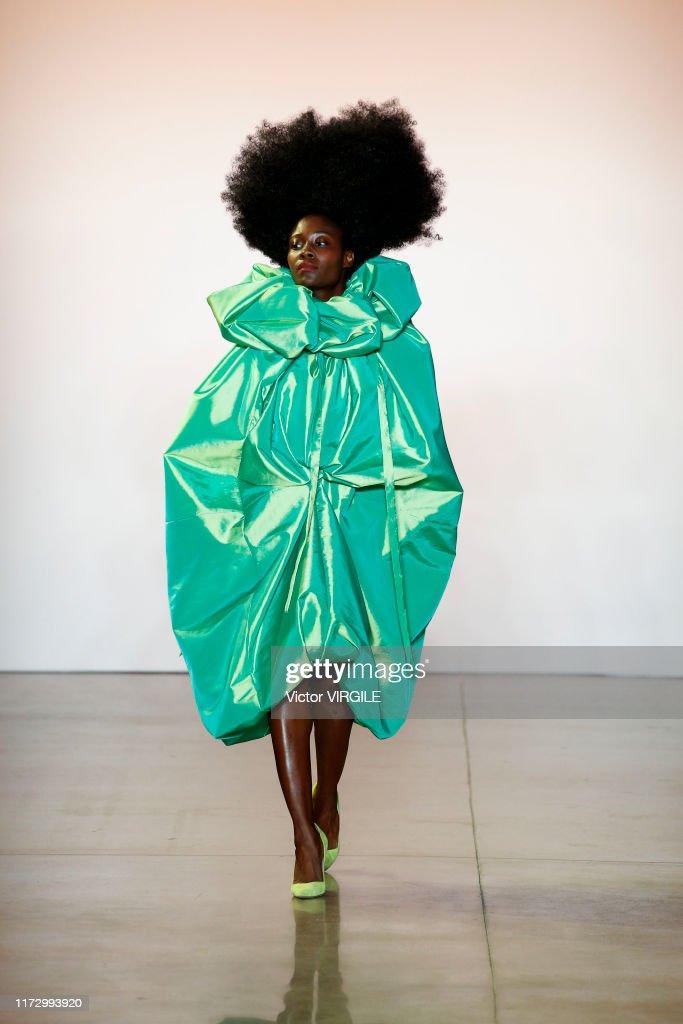 Christopher John Rogers - Runway - September 2019 - New York Fashion Week : News Photo