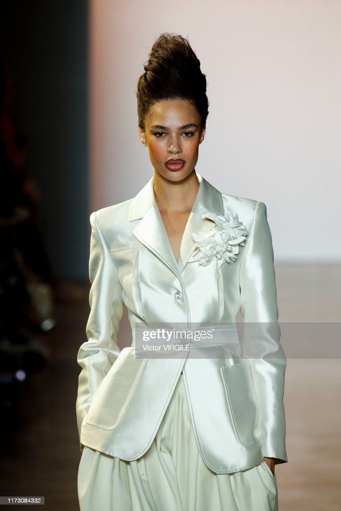 Christopher John Rogers - Runway - September 2019 - New York Fashion Week : News Photo