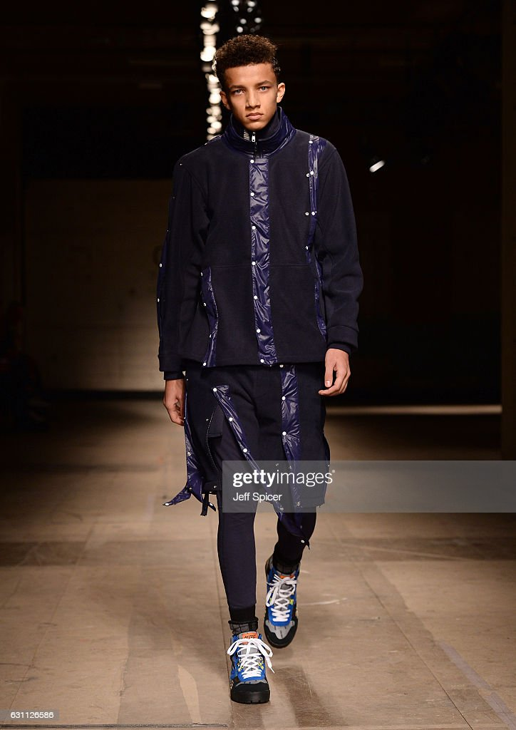 Christopher Shannon - Runway - LFW Men's January 2017 : Nachrichtenfoto