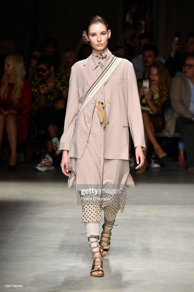 new style 8ade4 aa9b7 A model walks the runway at the Cividini show during Milan ...